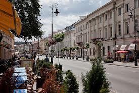 Tres oficinas con una situación magnífica se unen a las operaciones en Polonia